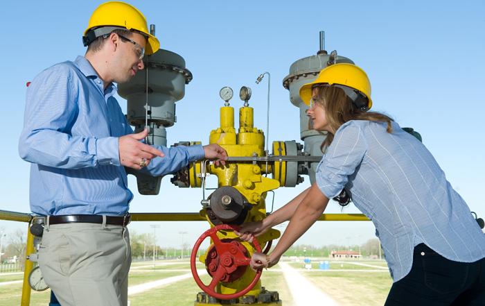 Career In Petroleum Engineering: Courses, Admission, Jobs